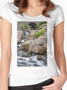 Under the Bridge Women's Fitted Scoop T-Shirt