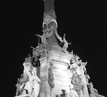 Monumento a Colon, Barcelona B/W by corder-courtier