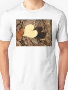 ♥ Leaf Like a Heart ♥ Unisex T-Shirt