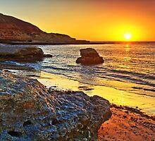 Port Noarlunga South Sunset by Bill  Robinson