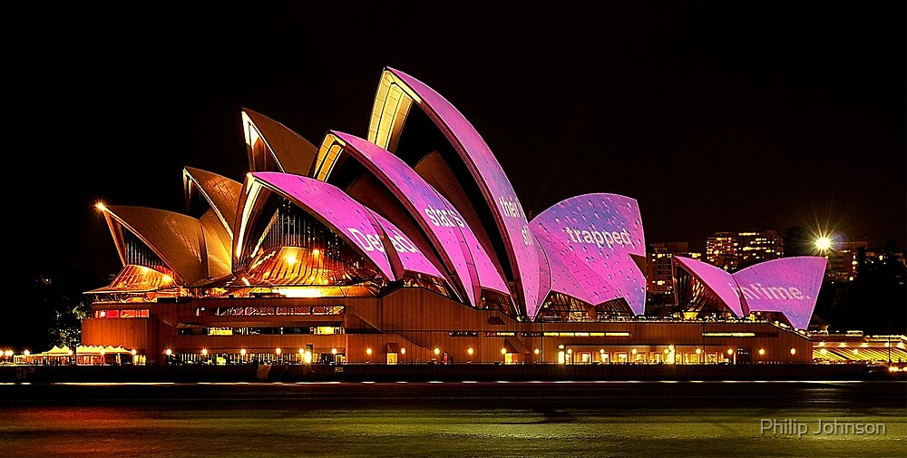 Vivid Sydney #1 - Sydney Opera House - The HDR Experience by Philip Johnson