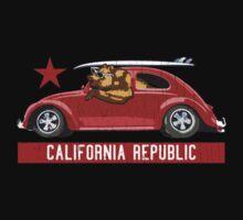 California Republic Surfing Bear (vintage distressed look) Kids Tee