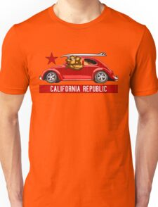 California Republic Surfing Bear (vintage distressed look) Unisex T-Shirt