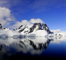 Antarctica Peninsula by bvl1981