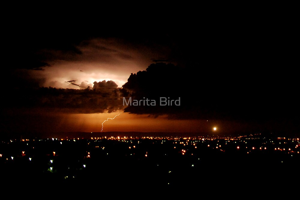 Another lightning shot - Perth, Western Australia (24-3-2010) by Marita Bird
