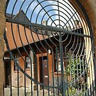 Gate in Bo'ness  by Jackie Wilson