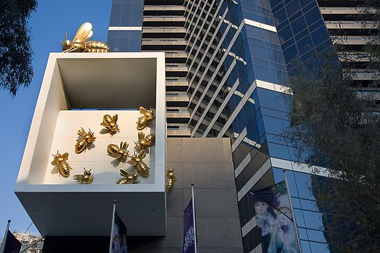 The Bee hive - Melbourne by Hans Kawitzki