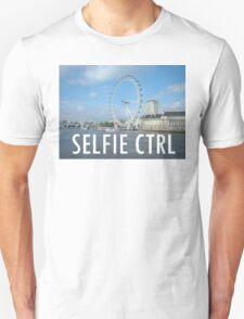 SELFIE CTRL T-Shirt
