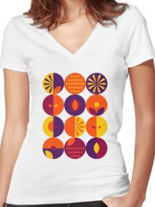 Berries Women's Fitted V-Neck T-Shirt