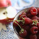 Apples 'n' Raspberries by decorartuk