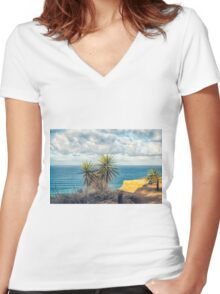 YUCCA Women's Fitted V-Neck T-Shirt