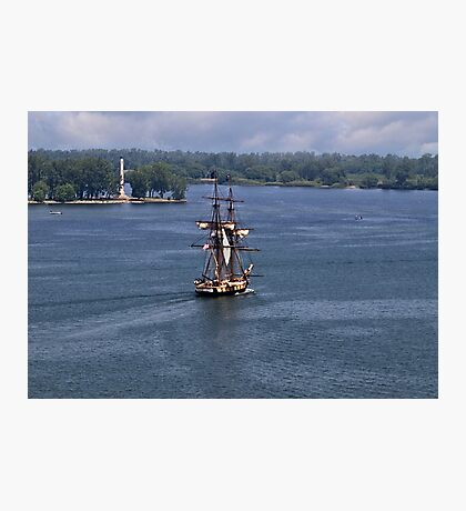 """Commodore Oliver Hazard Perry""""s Ship and Monument - Erie, PA Photographic Print"""