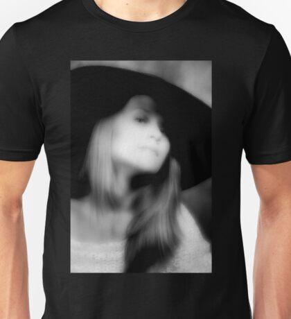 La Chapeau Noir Unisex T-Shirt
