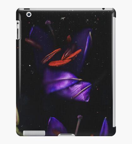 Belle Flowe iPad Case/Skin