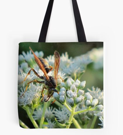 Male Northern Paper Wasp On Boneset Flowers Tote Bag