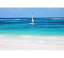 Yacht at tropical sandy beach in Anse Georgette, Praslin island, Seychelles  Photographic Print