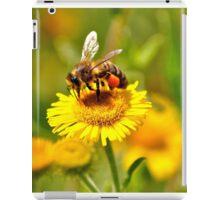 Bee & Wild Flower iPad Case/Skin