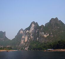 Karst mountains of Yangshuo by justineb