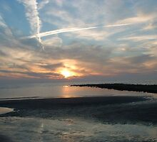 VAPOUR TRAILS OVER THE NORTH SEA by DAVE SNEYD