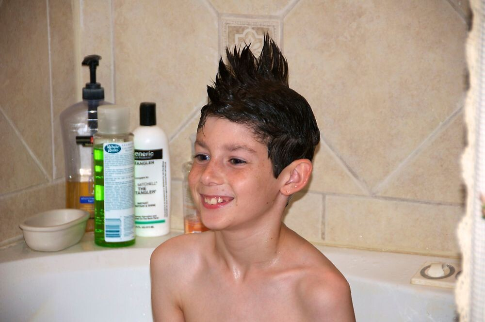 Making a hairstyle with shampoo by Ann Reece