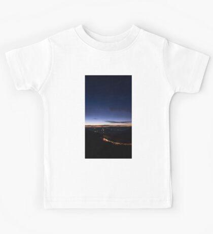 Beyond Last Light -- Mitchell Ridge Lookout -- MOUNT VICTORIA, NSW, Australia Kids Tee