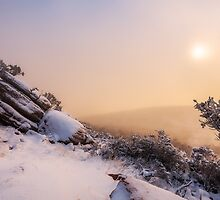 Grampians Snow Sunrise - Boulders by hangingpixels