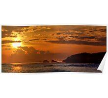 Golden sunset over Spray point, Blairegowrie, Victoria, Australia. Poster
