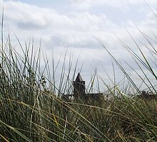 Church through the dunes by Lottiness