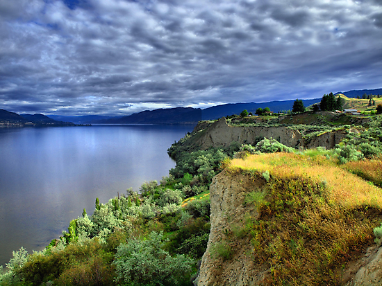 Okanagan Lake on a Thursday by Tara  Turner