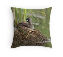 Kisses Please Mommy! Throw Pillow