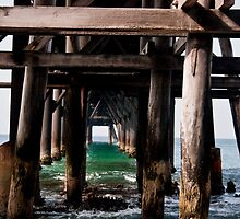 Under the Pier by simo54