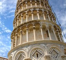 Leaning tower of Pisa by Ian Middleton