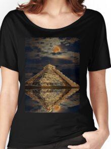 Chichen Itza Ancient Mayan Temple Art Women's Relaxed Fit T-Shirt