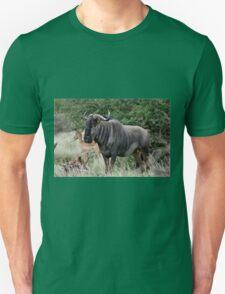 THE LONER - BLUE WILDEBEEST (Connochaetes taurinus) Unisex T-Shirt