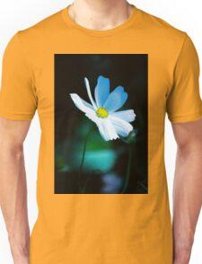 Daisy 3 Unisex T-Shirt