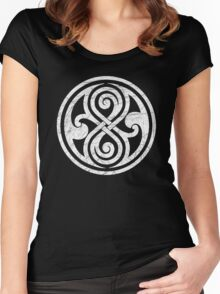 Seal of Rassilon - Classic Doctor Who - White on Black (Distressed) Women's Fitted Scoop T-Shirt