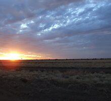 A beautiful Longreach sunset by geojas