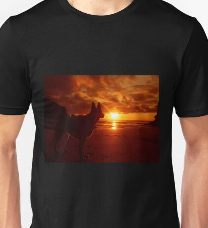 Everything's Beachy. Unisex T-Shirt