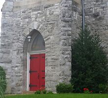 Red Door in Stone by silvergator
