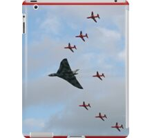 Vulcan XH558 Escorted by the Red Arrows iPad Case/Skin