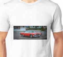 What does Akureyri & Cuba have in common? Unisex T-Shirt