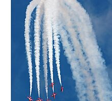 The Red Arrows downwards formation by Tony Steel