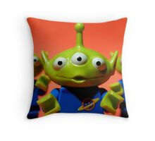 Little Green Men Throw Pillow