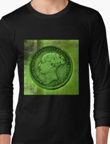 QUEEN VIC Long Sleeve T-Shirt