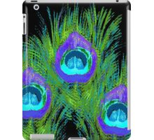 Cool Peacock Feathers on Black iPad Case/Skin