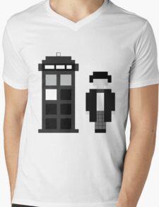 Pixel 2nd Doctor and TARDIS Mens V-Neck T-Shirt