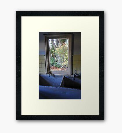 Drip zone Framed Print