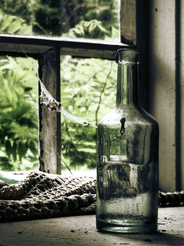18.6.2010: Bottle full of Oblivion by Petri Volanen