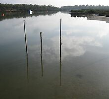 Cloud Reflection by minarri