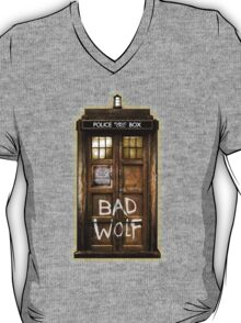 Old Rustic wood Phone box with Bad Wolf typograph T-Shirt
